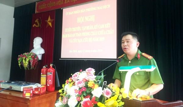 Trung tá Đào Trọng Nghĩa, Trưởng CAP Mai Dịch nhấn mạnh tới công tác đảm bảo ANTT, PCCC trong các hộ dân, đặc biệt là hộ cho thuê nhà trọ