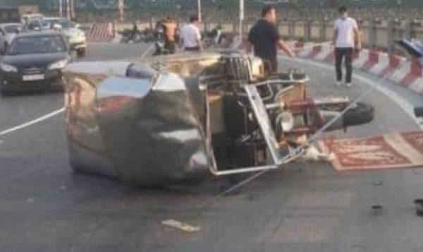 Hiện trường vụ tai nạn thương tâm khiến lái xe bị thiệt mạng