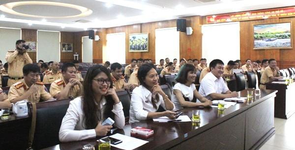 Việc đào tạo tiếng Anh cho CSGT sẽ được Phòng CSGT triển khai