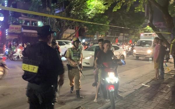 Các tổ công tác 141 được huy động làm nhiệm vụ hỗ trợ cho CSGT, CSCĐ trong việc đảm bảo ANTT trên đường phố