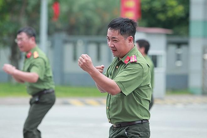Công tác huấn luyện quân sự, võ thuật trong CAND được triển khai hiệu quả, sâu rộng