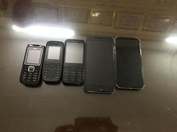 Một số điện thoại tang vật vụ án đã được Phòng Cảnh sát hình sự thu giữ