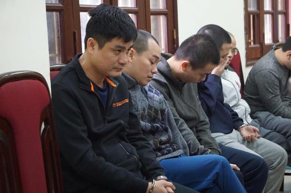Huấn và hàng chục đối tượng khác trong đường dây tổ chức đánh bạc đã bị CAQ Cầu Giấy bắt giữ