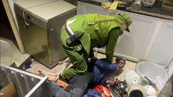 Đối tượng Dương Quang Bình sát hại em rể đã bị CS113 CAQ Hoàn Kiếm khống chế, bắt giữ