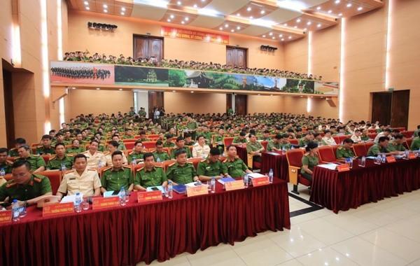 Hội nghị có sự tham dự của đông đủ chỉ huy các đơn vị trong CATP Hà Nội