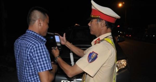 Lực lượng CSGT toàn quốc tăng cường xử lý vi phạm ban đêm phòng ngừa tai nạn giao thông