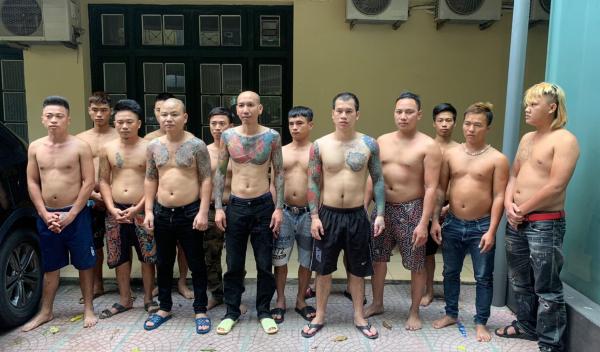 Phú Lê cùng đám đàn em bị Phòng CSHS xử lý