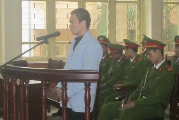 Hung thủ giết người, cướp tài sản Lý Nguyễn Chung tại phiên xử hôm nay, 9-3