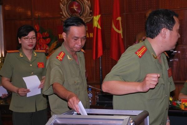 Đại biểu tham dự Đại hội Đảng bộ Phòng Tham mưu – CATP Hà Nội bầu Ban chấp hành nhiệm kỳ 2015 - 2020
