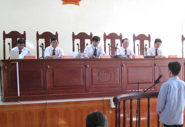 HĐXX sơ thẩm tiến hành xét xử vụ án đặc biệt nghiêm trọng tại Bắc Giang