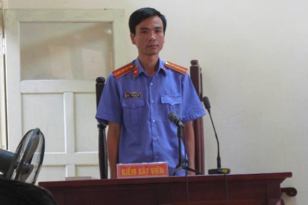 KSV đại diện VKSND tỉnh Bắc Giang giữ quyền công tố tại phiên xét xử.