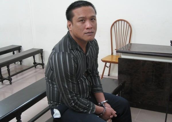 Chuyên rình mò và cưỡng đoạt tiền của phụ nữ, Chu Xuân Hiếu bị phạt tù đích đáng