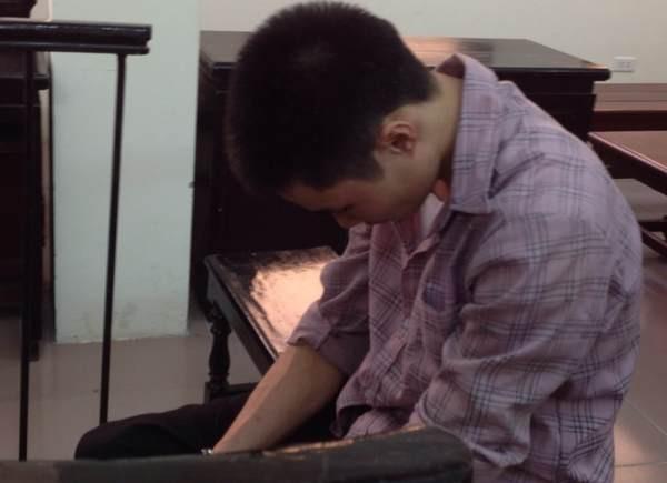 Trước khi làm nữ công nhân thiệt mạng, Phạm Văn Linh đã theo dõi và bám theo bị hại