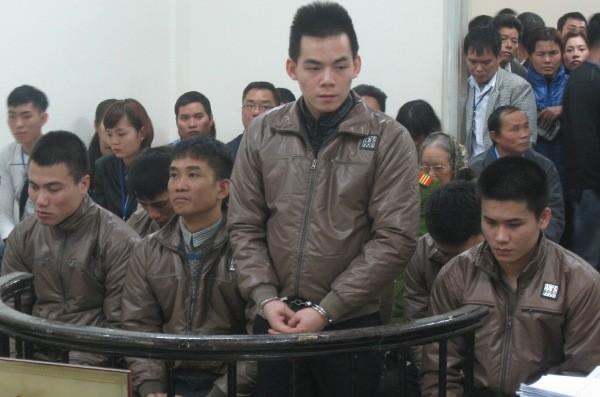 """Các bị cáo trong vụ Trịnh Hoàng Lan và đồng phạm phạm tội """"Giết người"""""""
