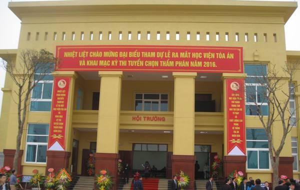 Học viện Tòa án có địa chỉ tại xã Kim Sơn, huyện Gia Lâm, Hà Nội