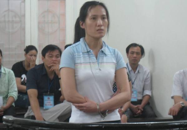 Cựu kế toán Xí nghiệp Xây lắp 4 - Nguyễn Thu Hà tại phiên tòa sơ thẩm