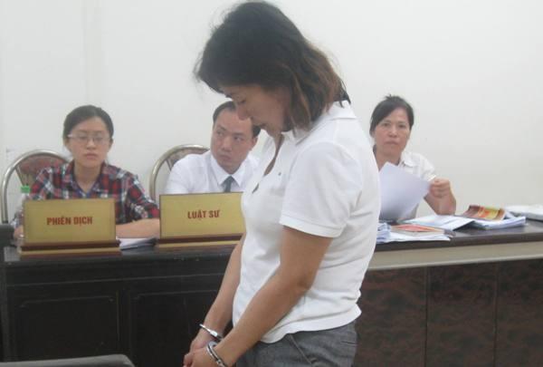 Nữ bị cáo người Philippines tại phiên tòa