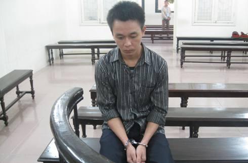Nguyễn Vũ Hinh tại phiên tòa