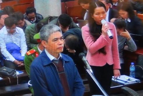 Cựu Tổng giám đốc OceanBank - Nguyễn Xuân Sơn khai chuyển tiền cho Kế toán PVN