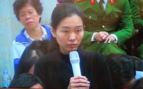 Bị cáo Nguyễn Trà My trước sau đều khẳng định chuyển cho PVEP hơn 11 tỷ đồng
