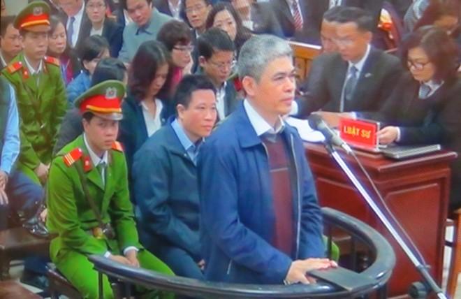 Bộ đôi Nguyễn Xuân Sơn và Hà Văn Thắm tại phiên tòa hồi tháng 2-2017