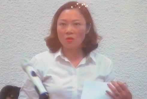 Luật sư Nguyễn Minh Thu tranh luận tại phiên tòa