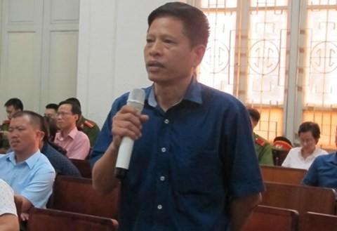 Ông Bùi Văn Hải - Trưởng Ban kiểm soát Oceanbank trả lời thẩm vấn tại phiên tòa