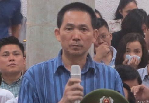 Cựu TGĐ Công ty Trung Dung - Trần Văn Bình tại phiên tòa