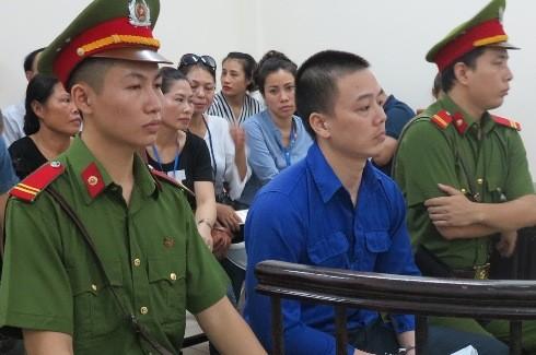 Đối tượng dâm ô trẻ em Cao Mạnh Hùng tại phiên tòa