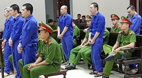 Tử tù trốn trại Nguyễn Văn Tình cùng đồng bọn tại phiên tòa phúc thẩm