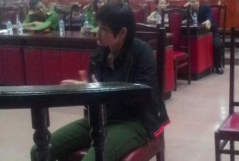 Bị cáo Triệu Tiểu Bình tại phiên tòa sơ thẩm lưu động