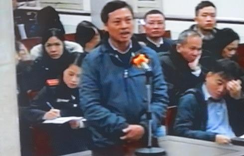 """Tại tòa, ông Vũ Huy Quang khai biết rõ hợp đồng """"không ổn"""" nhưng vẫn ký"""