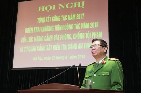 Thiếu tướng Đinh Văn Toản - Phó Giám đốc, Thủ trưởng Cơ quan CSĐT - CATP Hà Nội phát biểu tổng kết hội nghị.