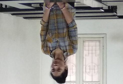 Lò Thị Thương bị đưa ra xét xử tại phiên tòa.