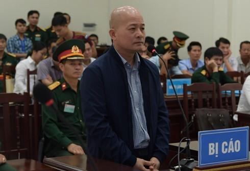"""Bị cáo Đinh Ngọc Hệ (tức Út """"trọc"""") tại phiên tòa phúc thẩm."""