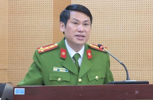 Đại tá Nguyễn Văn Viện - Phó Giám đốc CATP Hà Nội chủ trì và phát biểu tại hội nghị.