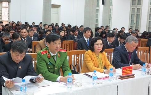 Lãnh đạo TAND Tối cao, lãnh đạo Thành ủy Hà Nội và các đại biểu dự hội nghị.
