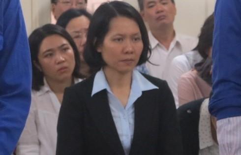 Cựu Tổng giám đốc OceanBank Nguyễn Minh Thu hầu tòa với tư cách người có quyền lợi nghĩa vụ liên quan.