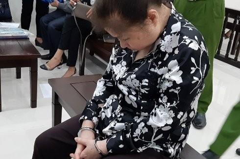 Cựu nữ Chủ tịch Công ty UAC tại phiên tòa.