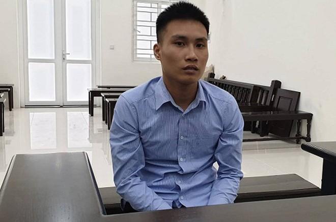 Phạm Văn Thiện tại phiên tòa.