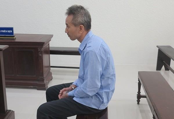 Bị cáo Hoàng Ngọc Kiền bị đưa ra tòa xét xử.