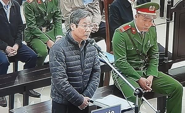 Bị cáo Nguyễn Bắc Son - cựu Bộ Trưởng Bộ TT&TT khai báo hành vi phạm tội trước tòa
