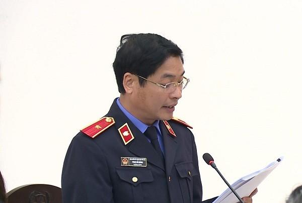 Đại diện VKS bày tỏ quan điểm đối đáp tại phiên tòa xét xử Nguyễn Bắc Son và các bị cáo liên quan.