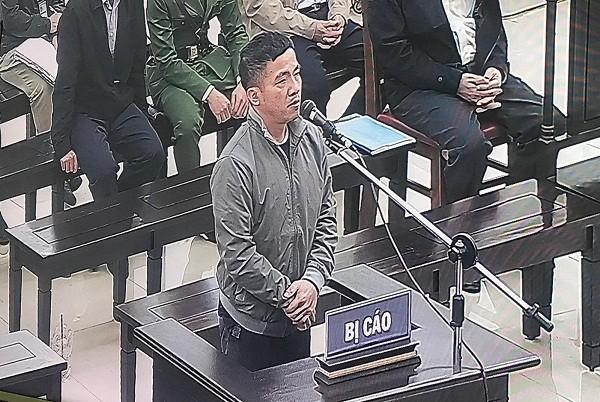 Bi cáo Võ Văn Mạnh - cựu Giám đốc Công ty AMAX tự bào chữa