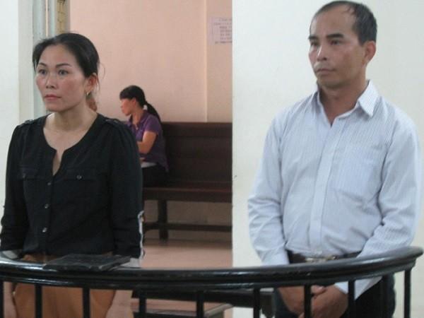 Cặp đôi lừa đảo xin việc nhiều lần bị đưa ra xét xử nhưng vẫn chưa phải nhận án.