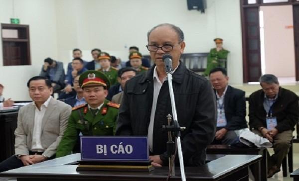 Cựu Chủ tịch UBND TP Đà Nẵng Trần Văn Minh tại phiên toà sơ thẩm.