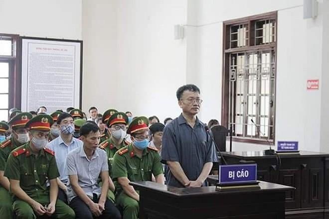 Bị cáo Nguyễn Quang Vinh và các bị cáo liên quan.
