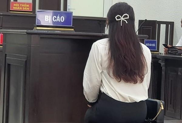 Bị cáo Lê Thùy Linh tại phiên tòa.