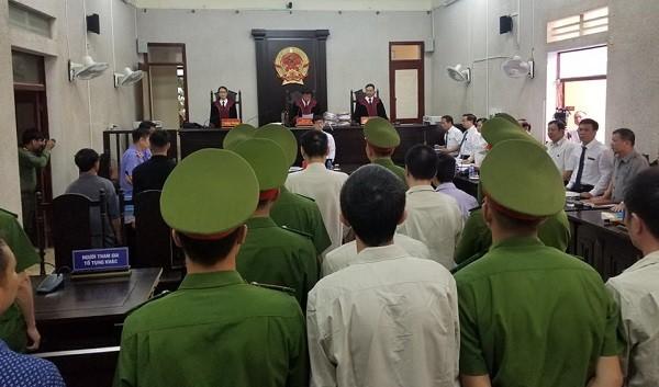 Phiên tòa xét xử phúc thẩm các bị cáo trong vụ nữ sinh giao gà ở Điện Biên.