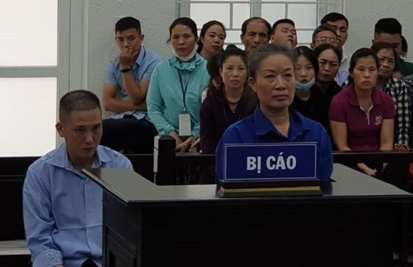 Nguyễn Thị Trà Lý và đồng phạm bị đưa ra tòa xét xử.